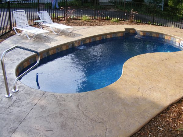 What is the Best Small Pool for a Small Yard?