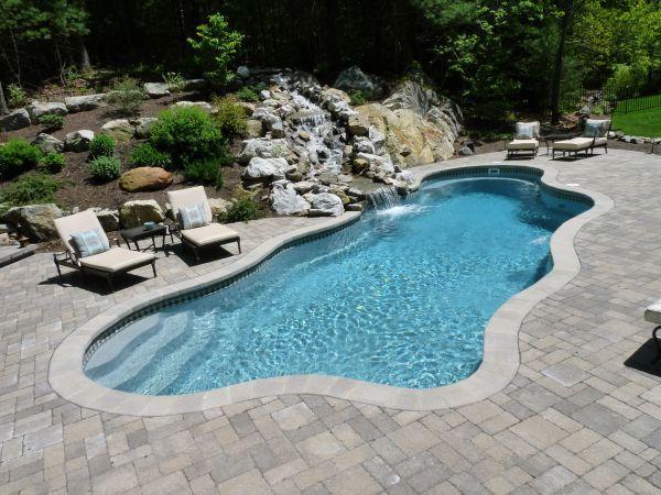 Northeast Fiberglass Pool Company Wins Award with Impressive Water Feature/Pool Combo