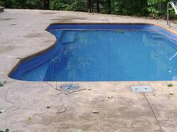 dewatering pipe for fiberglass pools