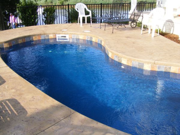 fiberglass pool with perimeter tile
