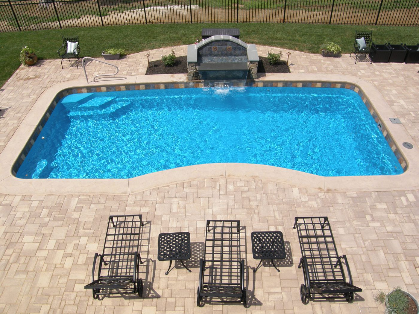 4 ThingsThat Will Dictate The Price Of Your Fiberglass Pool In 2014