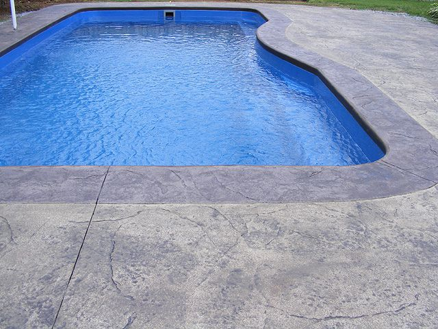 Stamped Vs Brushed Broomed Concrete For Swimming Pools Which Is Better
