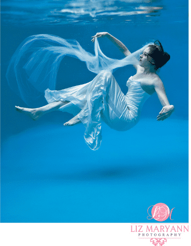 Just How Beautiful Is a Colored Fiberglass Pool Underwater? (Neat Photos!)
