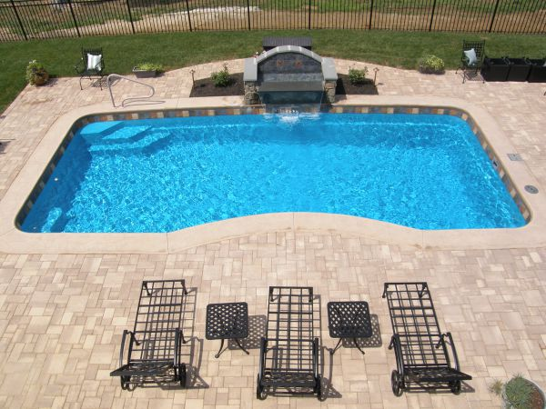 fiberglass pool isntalled by river pools and spas in richmond va