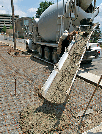 Concrete mixer truck - chute out