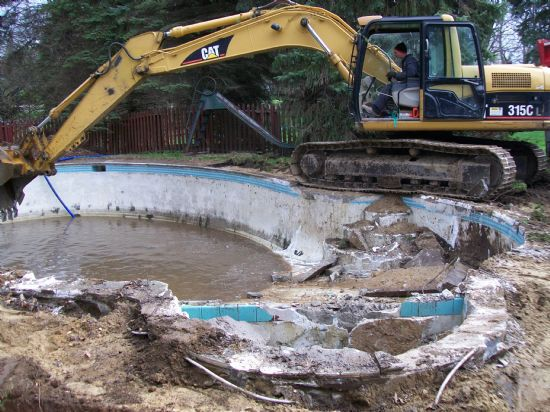 Concrete pool demolition - replacing a concrete pool with a fiberglass pool