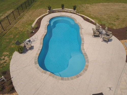 40-ft. Crescent Cove pool
