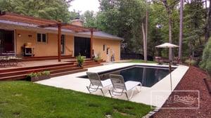 black G36 with small concrete patio