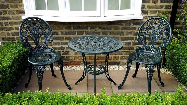 low maintenance outdoor furniture