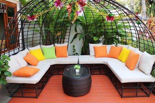 outdoor seating materials