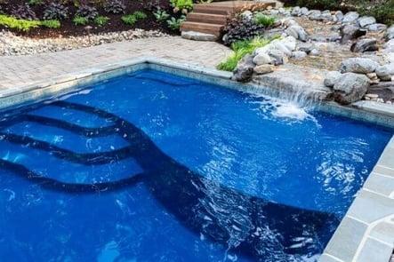 fiberglass pool with tanning ledge