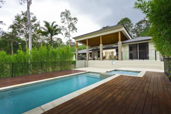 Swimming pool with deck