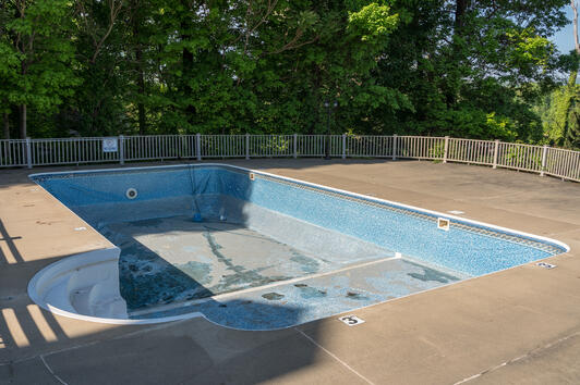Drained inground vinyl liner swimming pool