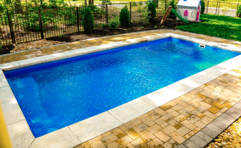 R20 small inground fiberglass pool with seats