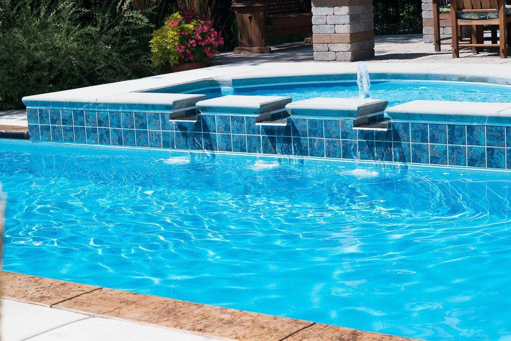 elevated-inground-pool-tanning-ledge