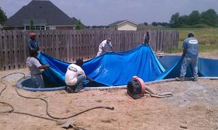 fitting vinyl liner in swimming pool - a guide to vinyl liner thickness