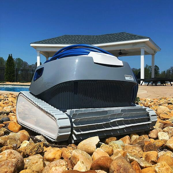 an auto vac used in River Pools' Virginia pool park