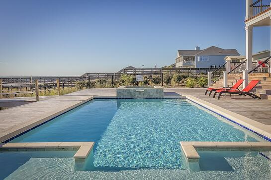 Concrete/gunite inground pool - swimming pool builders in Virginia