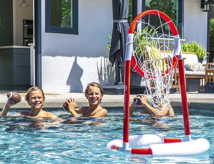 splash-pass-pool-football-game