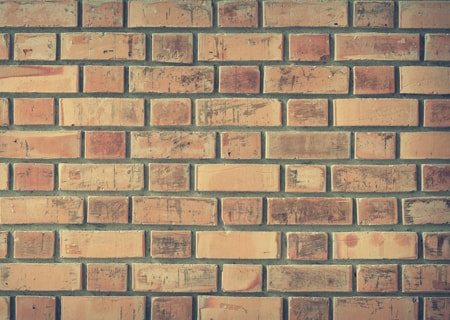 brick wall for pool