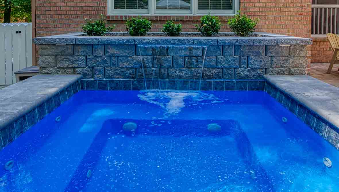 fiberglass-pool-with-spa