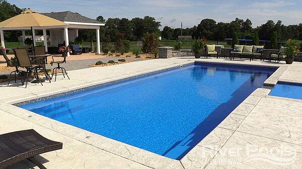 Greco (G36) swim lane with open swim space
