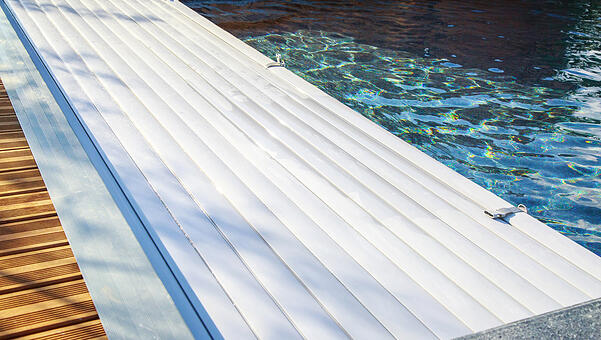 automatic pool cover maintenance winter edition