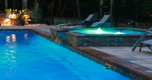colored bubbler lights in an elevated tanning ledge