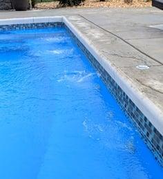 bench jets in fiberglass pool