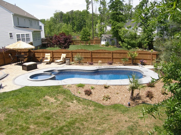 the best and worst plants to use in pool landscaping rh riverpoolsandspas com pool landscaping plants pool landscaping plants florida