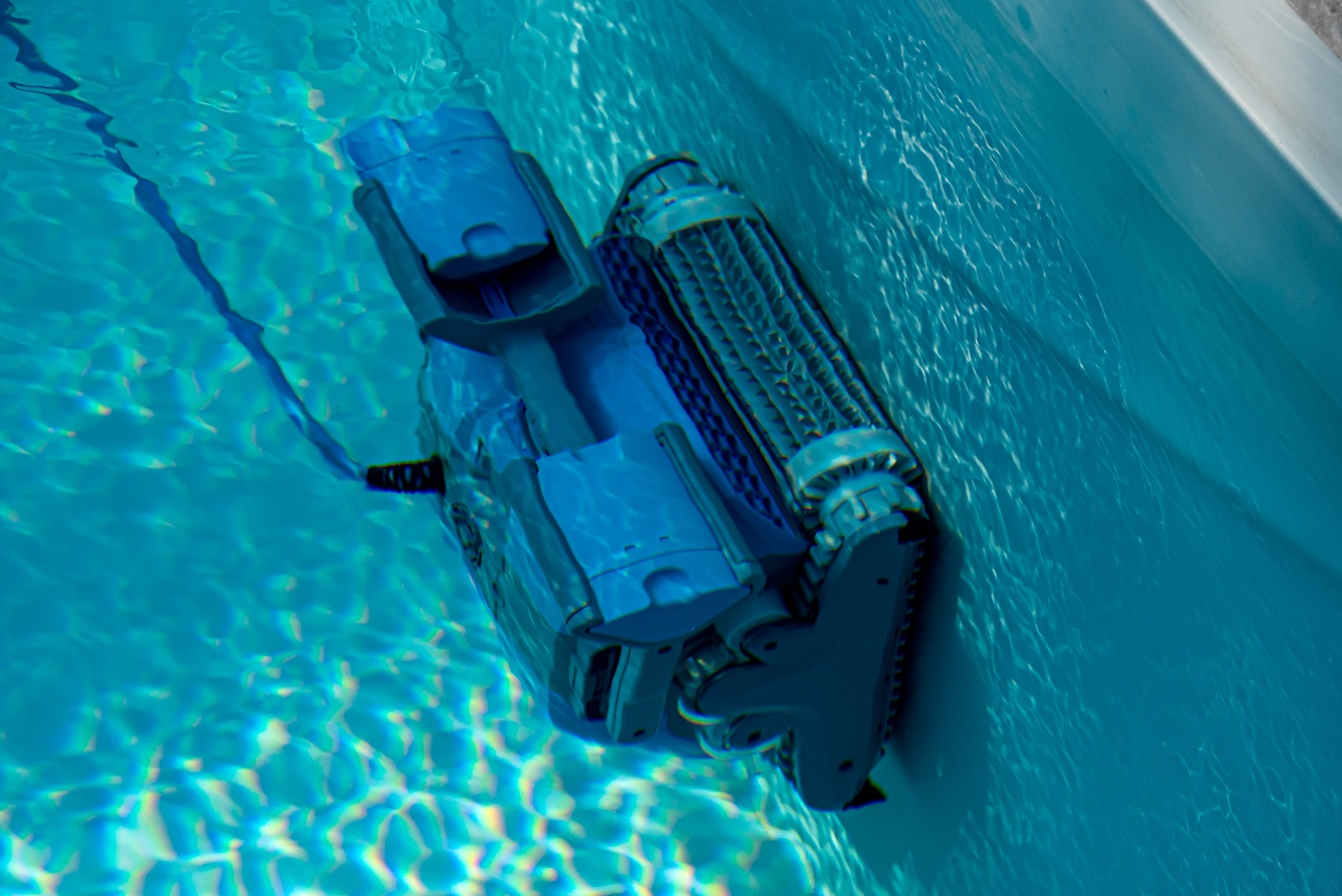 What are the Best Robotic Pool Cleaners in 2021?